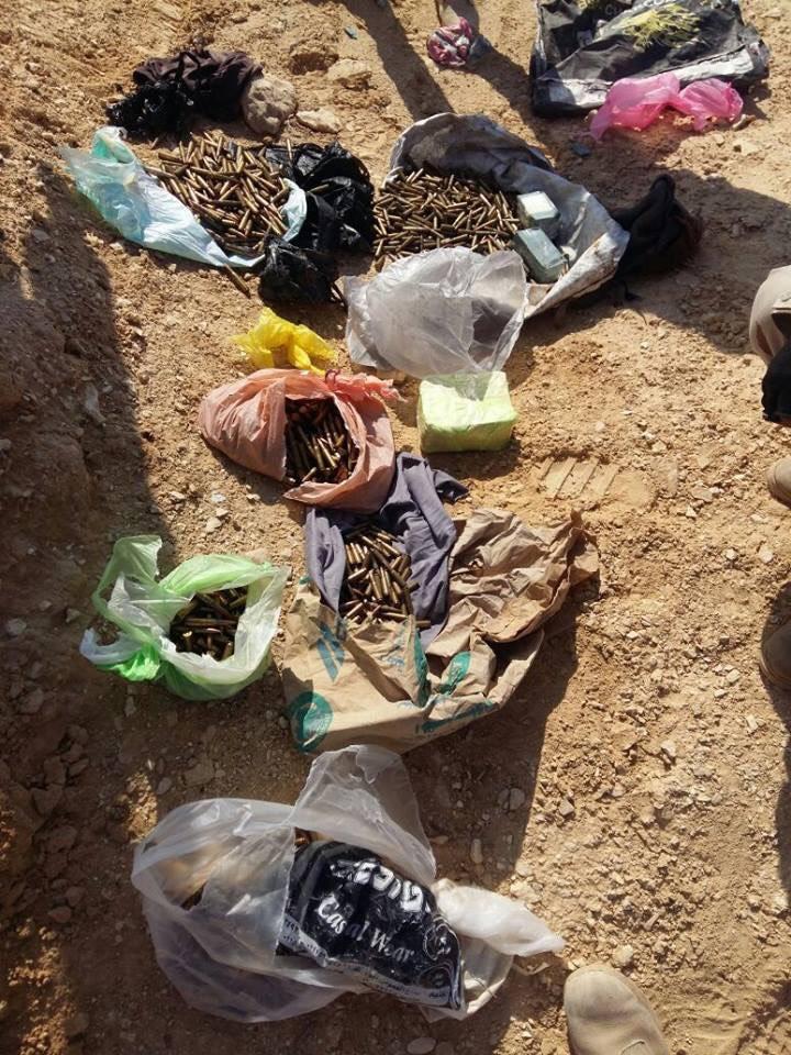 الجيش الثالث الميدانى يدمر 16 وكرا للعناصر التكفيرية بوسط سيناء (2)