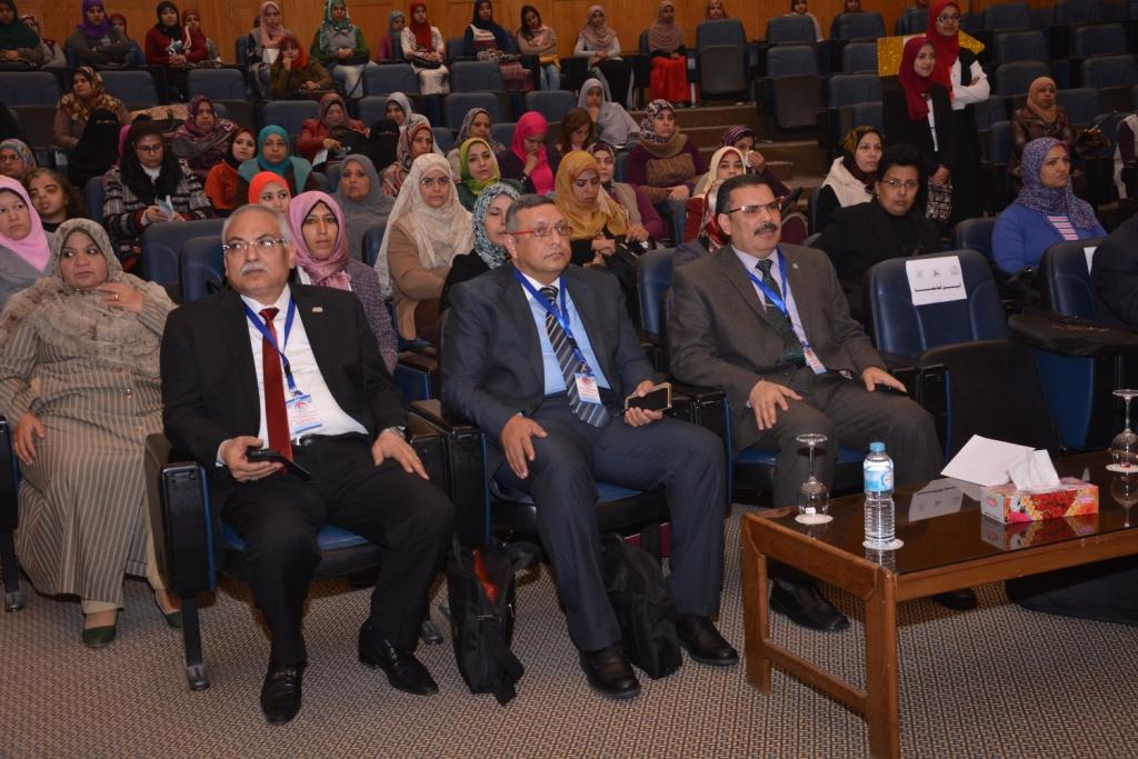 رئيس جامعة أسيوط حريصون علي دعم الأطفال من ذوى الاحتياجات الخاصة (5)