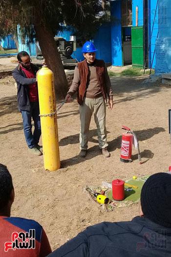 3--تدريب-العاملين-بمحطات-المياه-علي-مواجهة-تسريب-غاز-الكلور