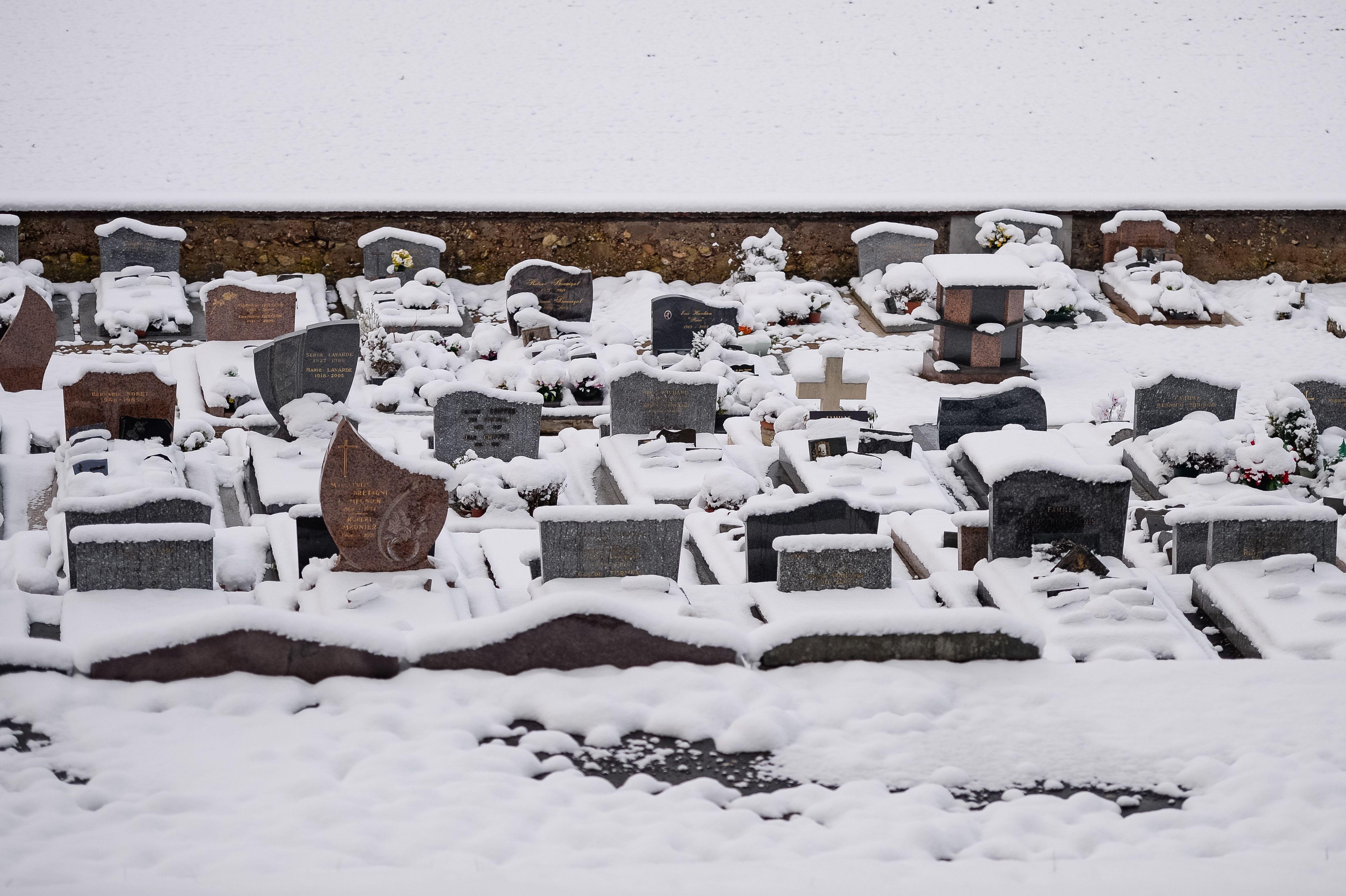 الثلوج فى فرنسا
