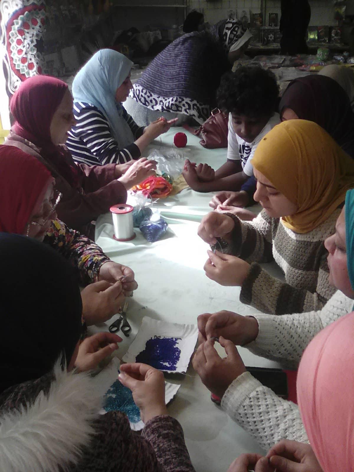 طلاب مدارس عابدين فى ضيافة مخيم طفل قصور الثقافة بمعرض الكتاب   (3)