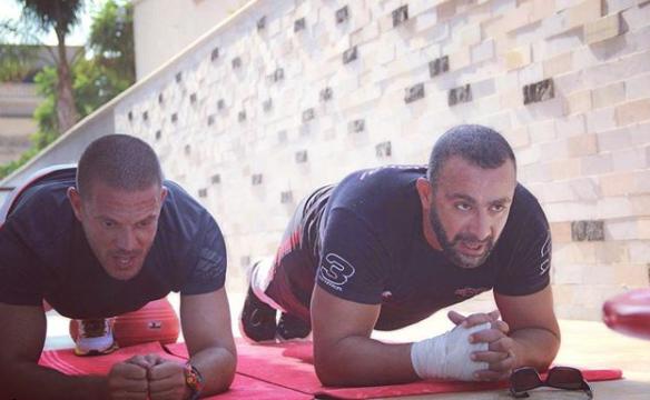أحمد السقا يمارس الألعاب الرياضية