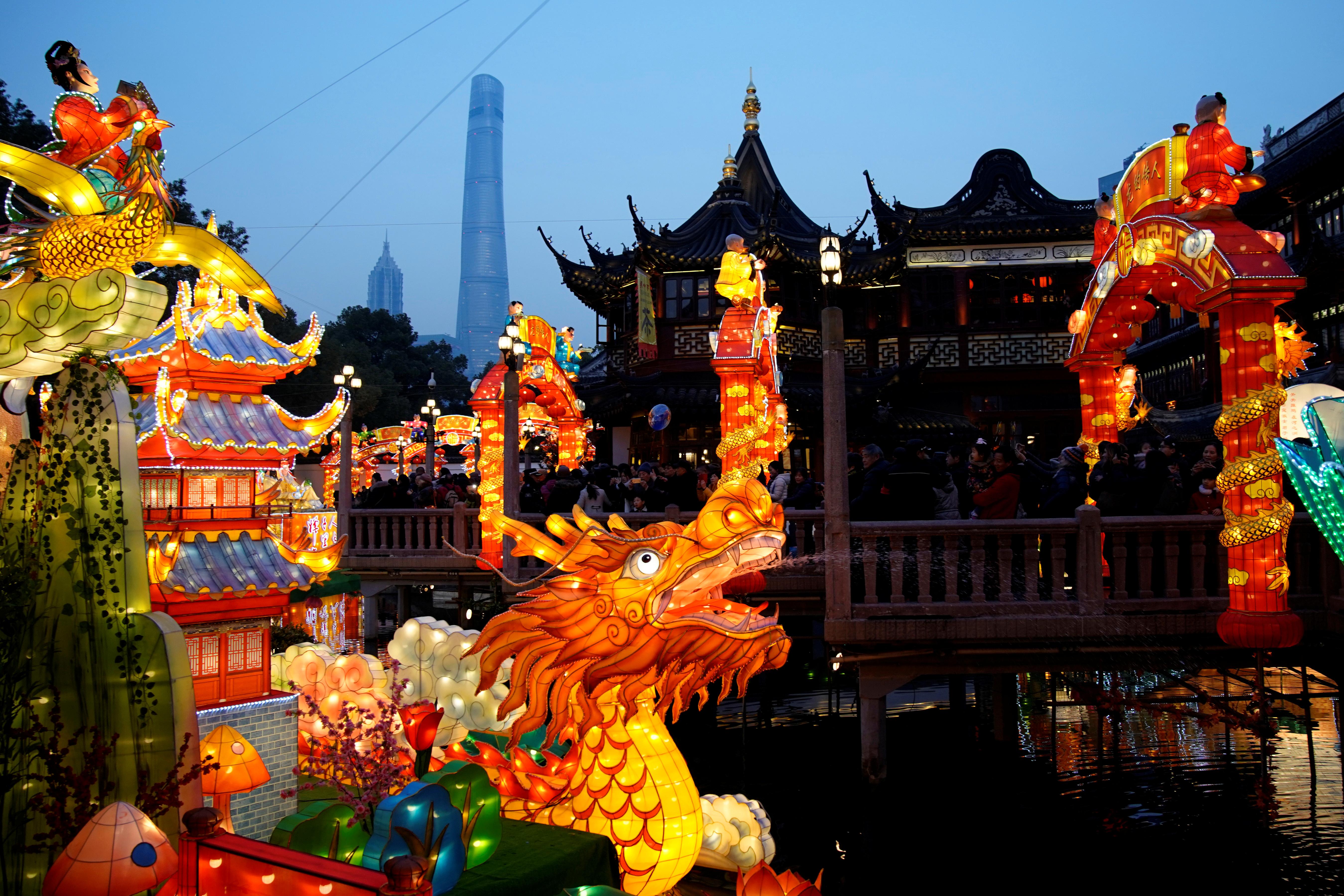 الصين تستعد للاحتفال بالسنة القمرية