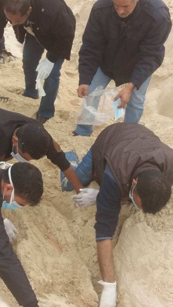 السلطات الليبية تعثر على جثة مصرى.. وتضبط عصابة تورطت فى الجريمة 64601-%D8%B1%D9%81%D8%A7%D8%AA-%D9%85%D8%B5%D8%B1%D9%89-(1)