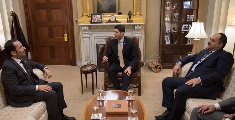 العطية خلال لقاء مع رئيس مجلس النواب الامريكى