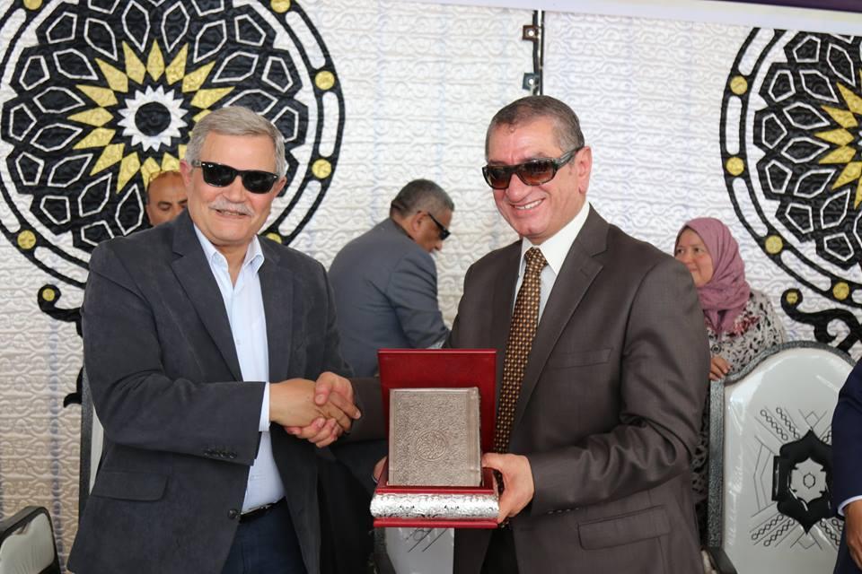 محافظ كفر الشيخ يكرم رسلان