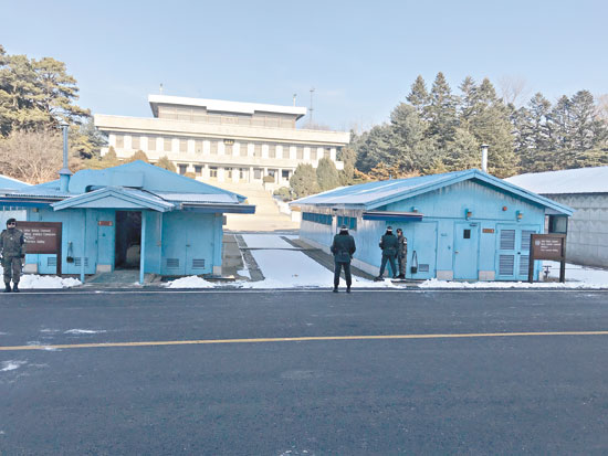 «اليوم السابع» على خط الأمل والمواجهة بين الكوريتين (4)