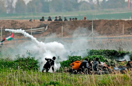 الغازات المسيلة للدموع