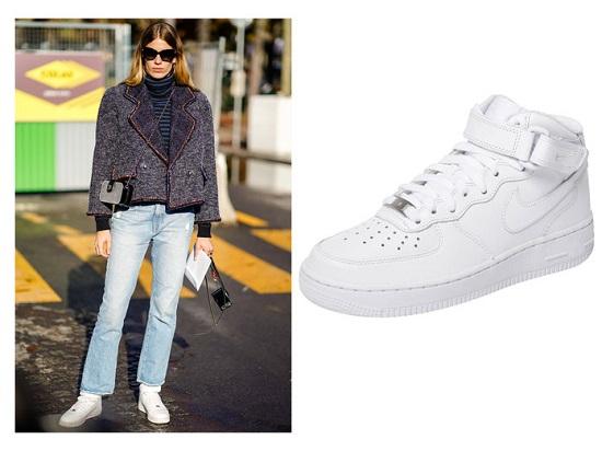 أحذية رياضية (1)
