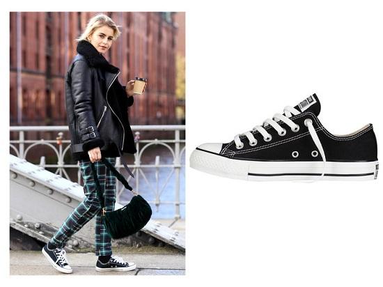 أحذية رياضية (2)