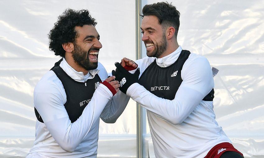 ضحكات صلاح تغمر تدريبات ليفربول