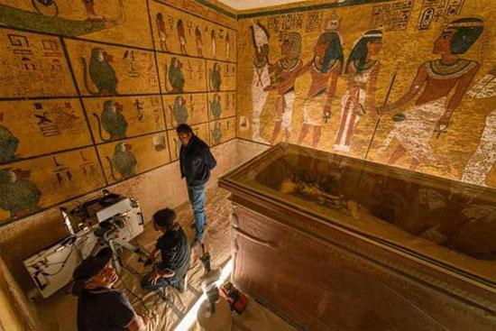 كافة الأعمال أثبتت وجود كشف آثرى خلف المقبرة