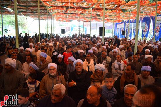 حضور المئات من الأهالى خلال مؤتمر دعم السيسي