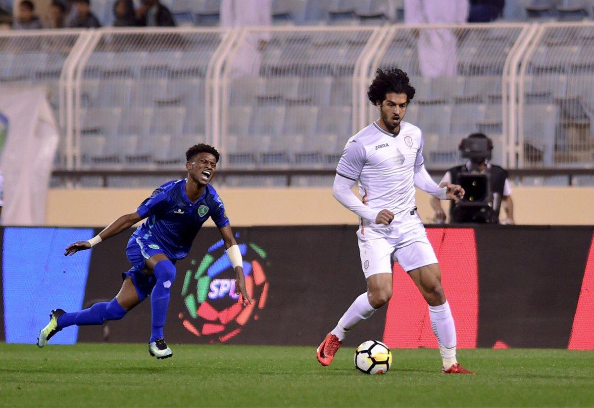 عمرو بركات لاعب الشباب السعودي