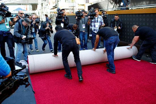 السجادة الحمراء فى انتظار حفل توزيع جوائز الأوسكار (2)
