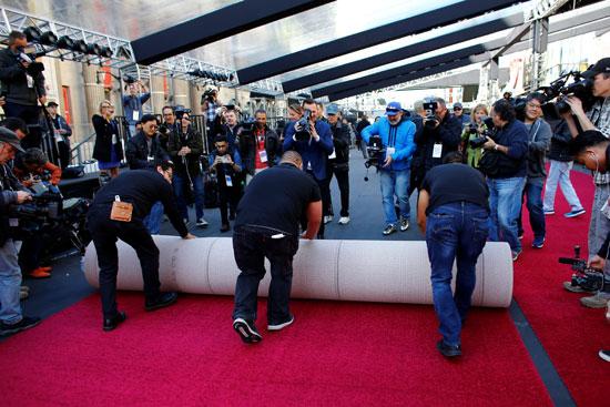 السجادة الحمراء فى انتظار حفل توزيع جوائز الأوسكار (4)