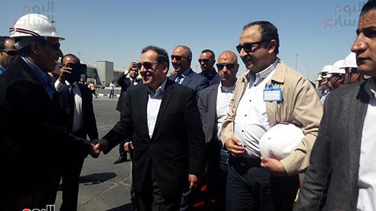 وزير البترول يرحب بالخضور
