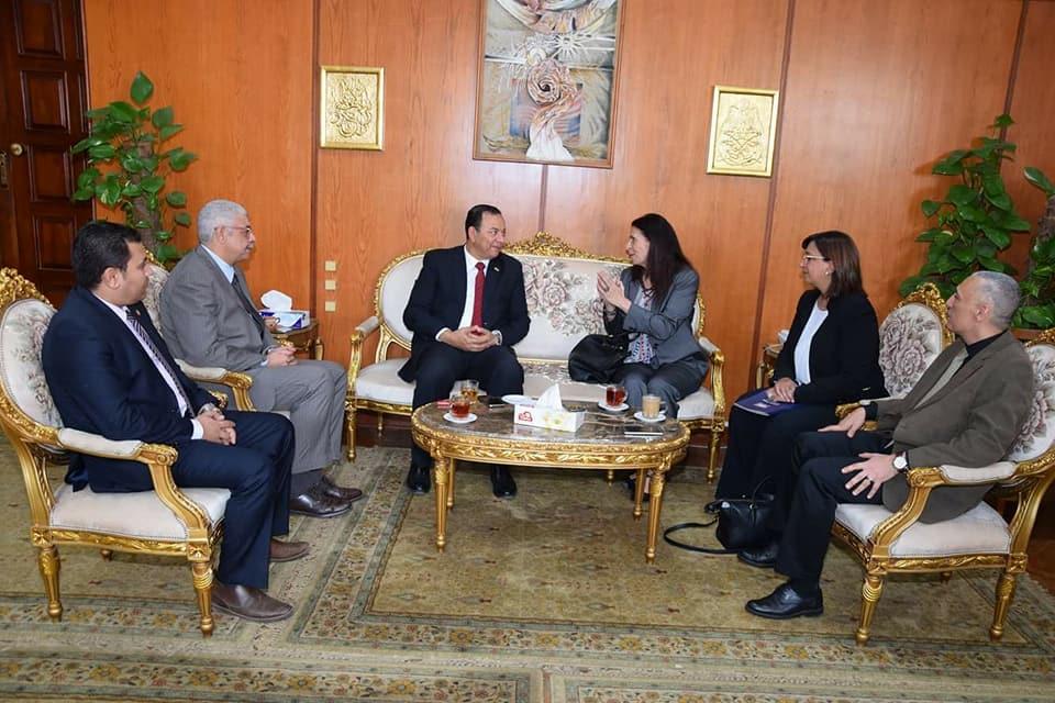 رئيس جامعة المنوفية يستقبل الوفد  (7)