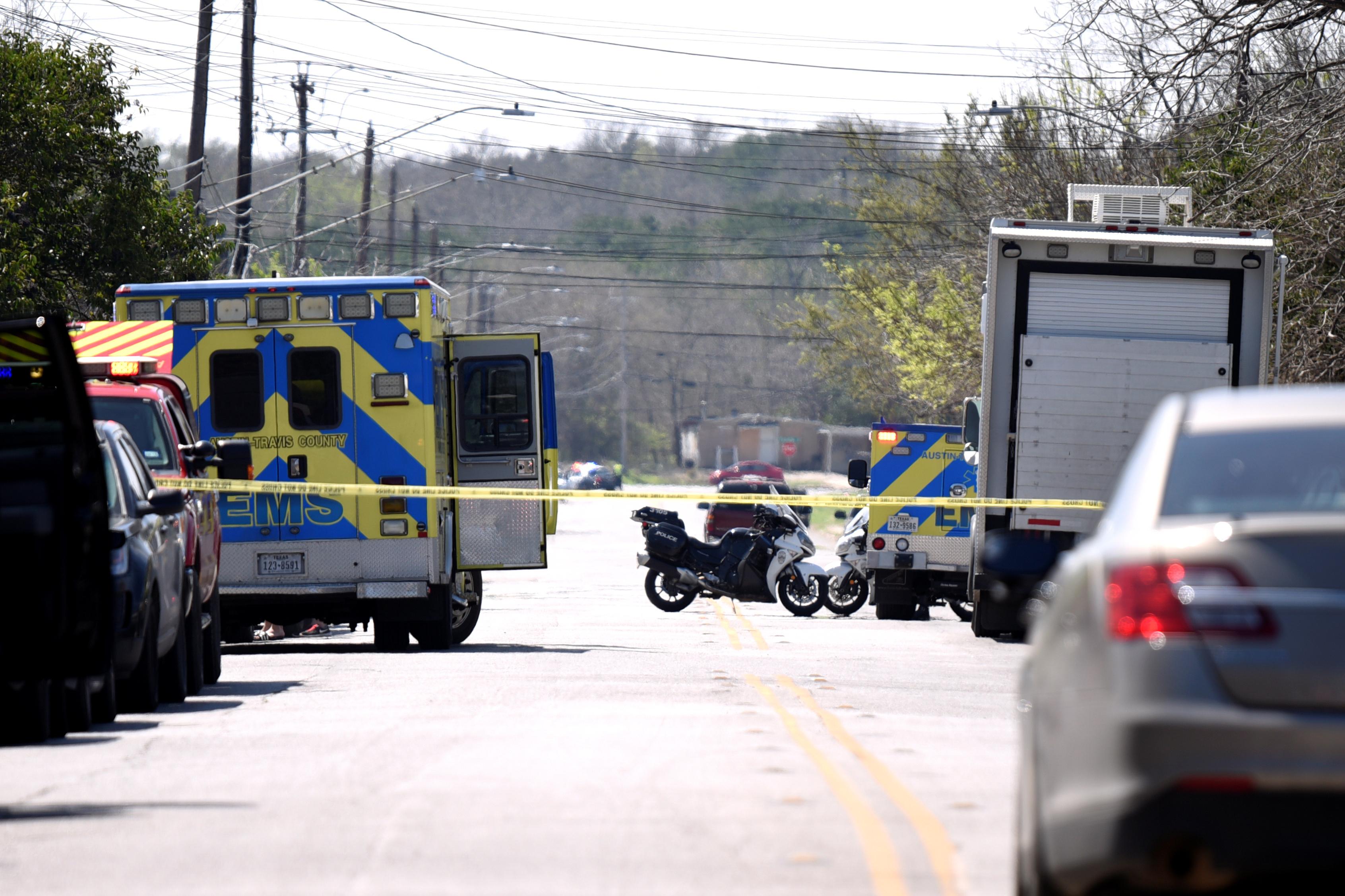 وصول الشرطة إلى الحادث