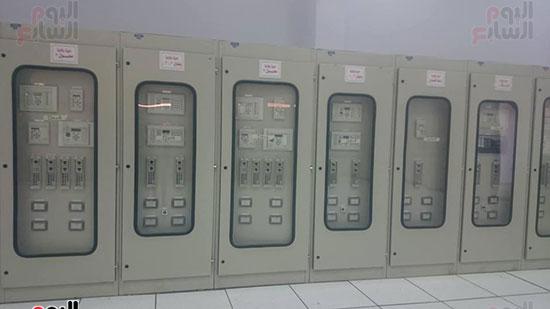 غرفة التحكم بمحطة بنبان 1 بعد توليد 50 ميجا وات من الطاقة الشمسية