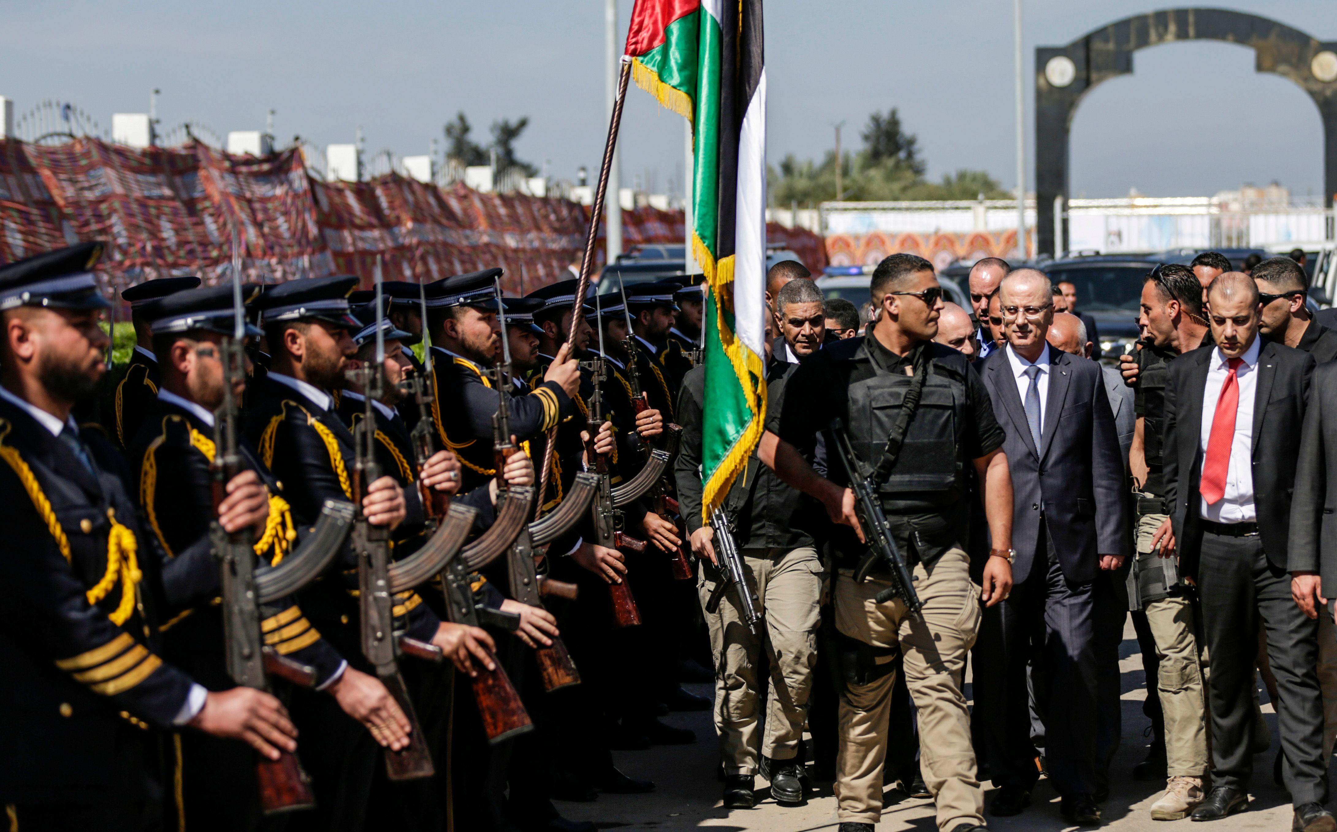 الحمدالله يقطع زيارته إلى غزة