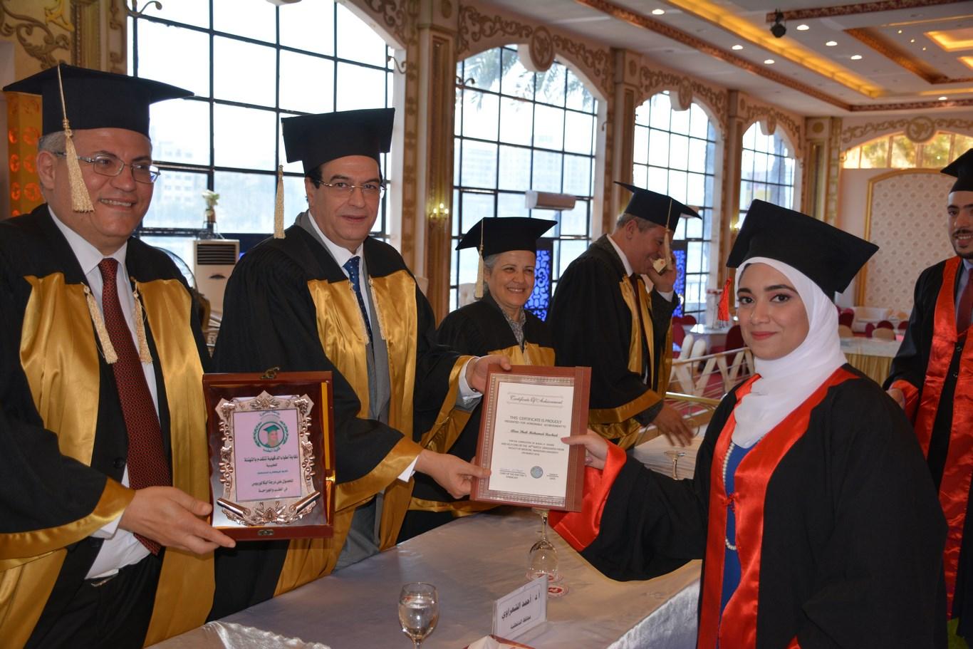 حفل تخريج طلاب الدفعة 49 طب المنصورة  (7)