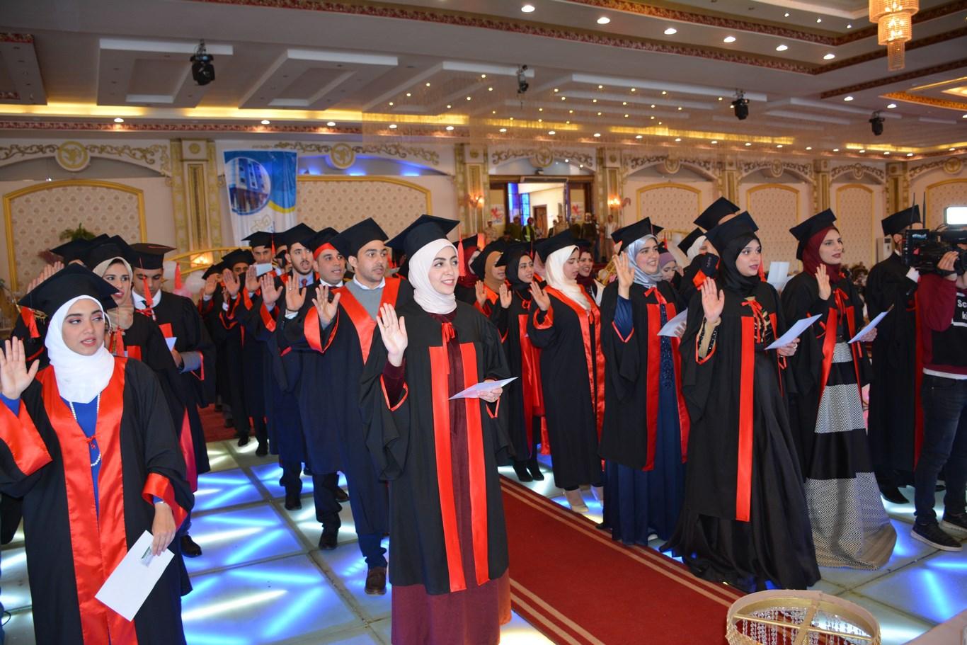 حفل تخريج طلاب الدفعة 49 طب المنصورة  (5)