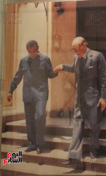أخر-صوره-مع-الرئيس-السابق-مبارك-قبل-رحيله-بشهور-قليله