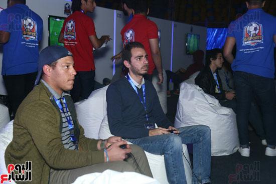بطولة الألعاب الإلكترونية (11)