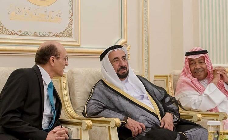 الفنان محمد صبحي مع الشيخ سلطان القاسمي حاكم امارة الشارقة