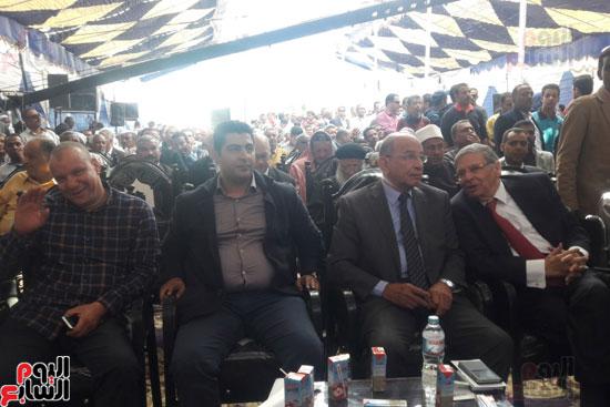 أهالى القصير وقيادات البرلمان يعلنون التصويت للرئيس لاستمرار مسيرة البناء والتنمية لمصر