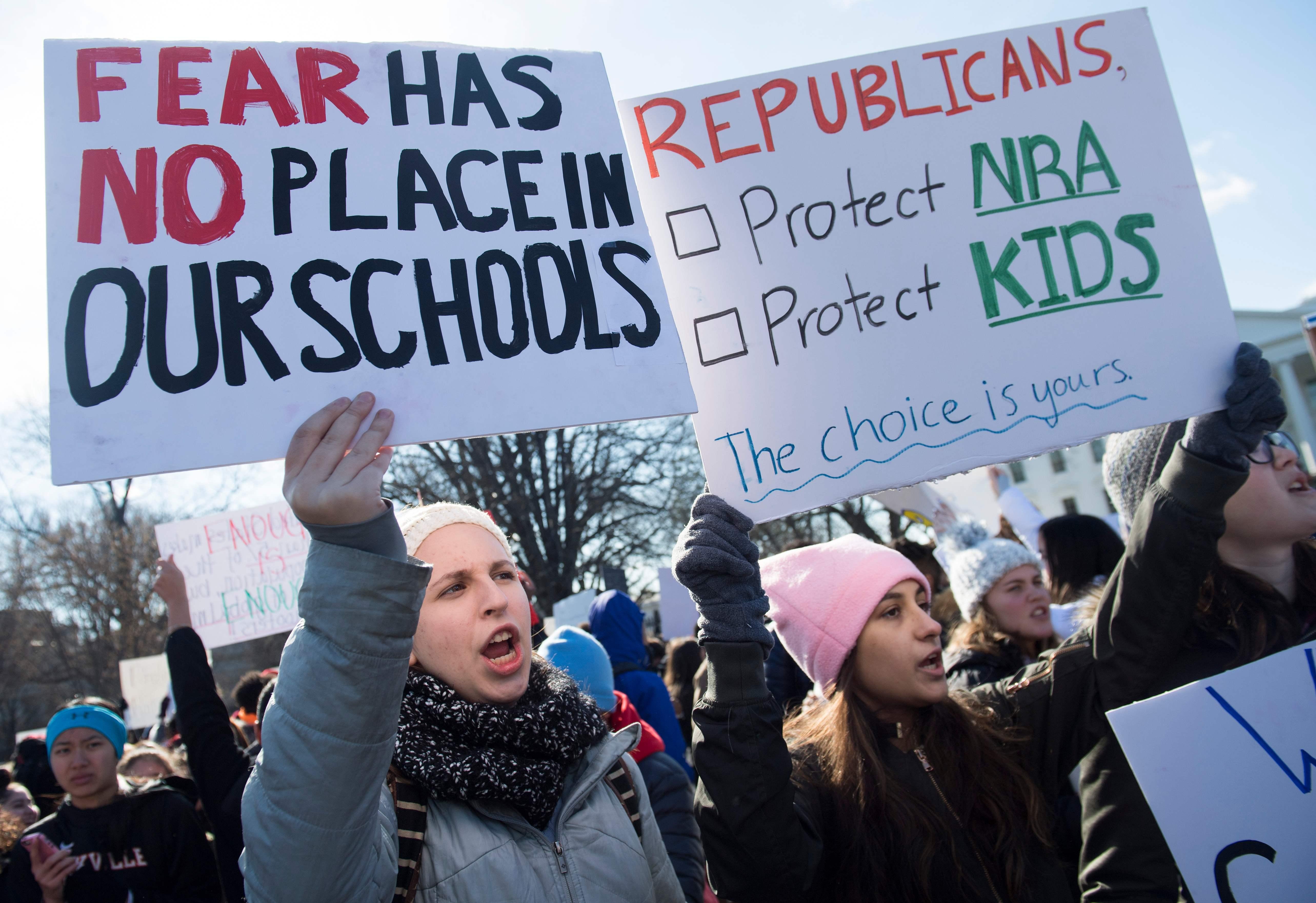 احتجاجات ضد حمل السلاح فى أمريكا