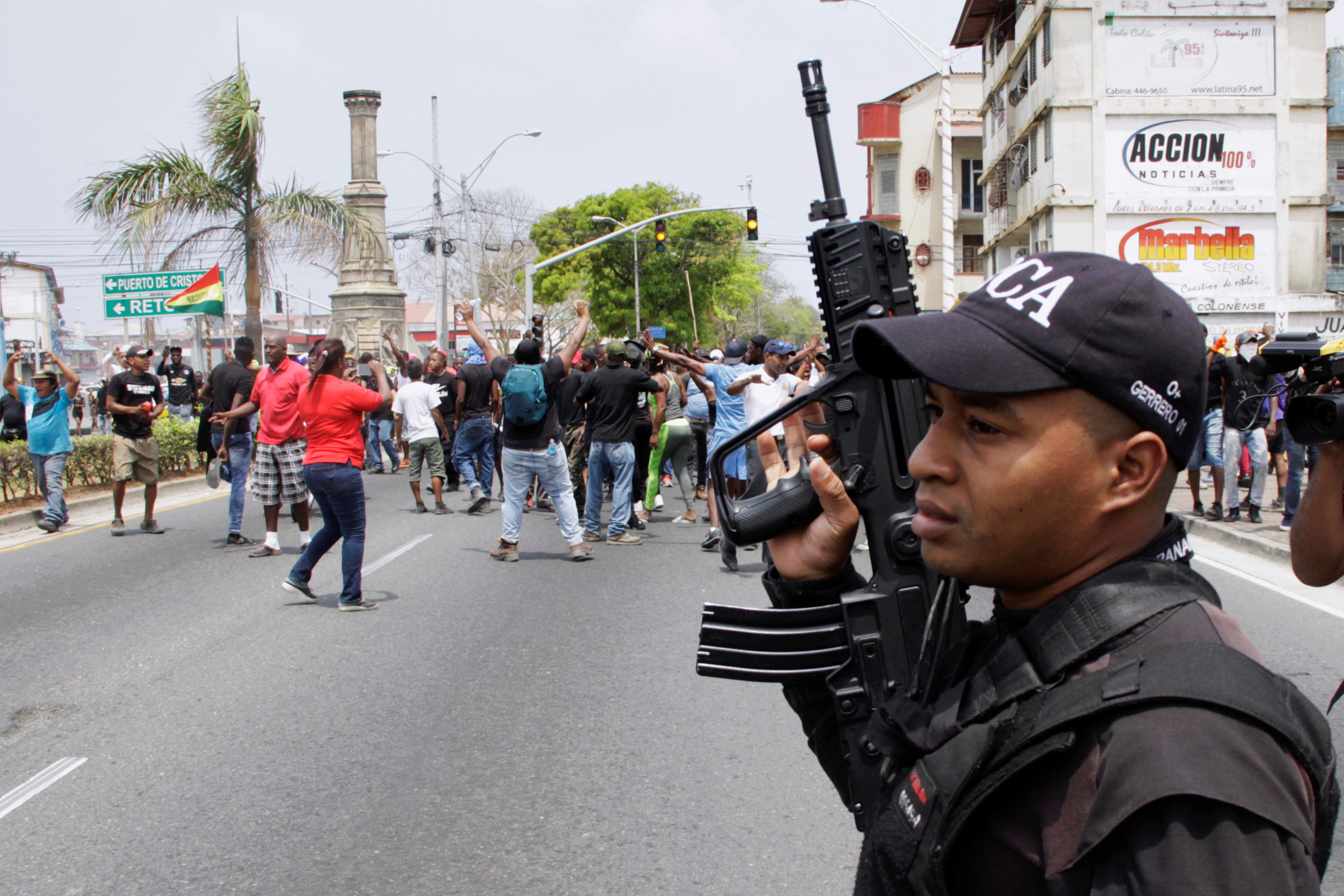 الشرطة البنمية