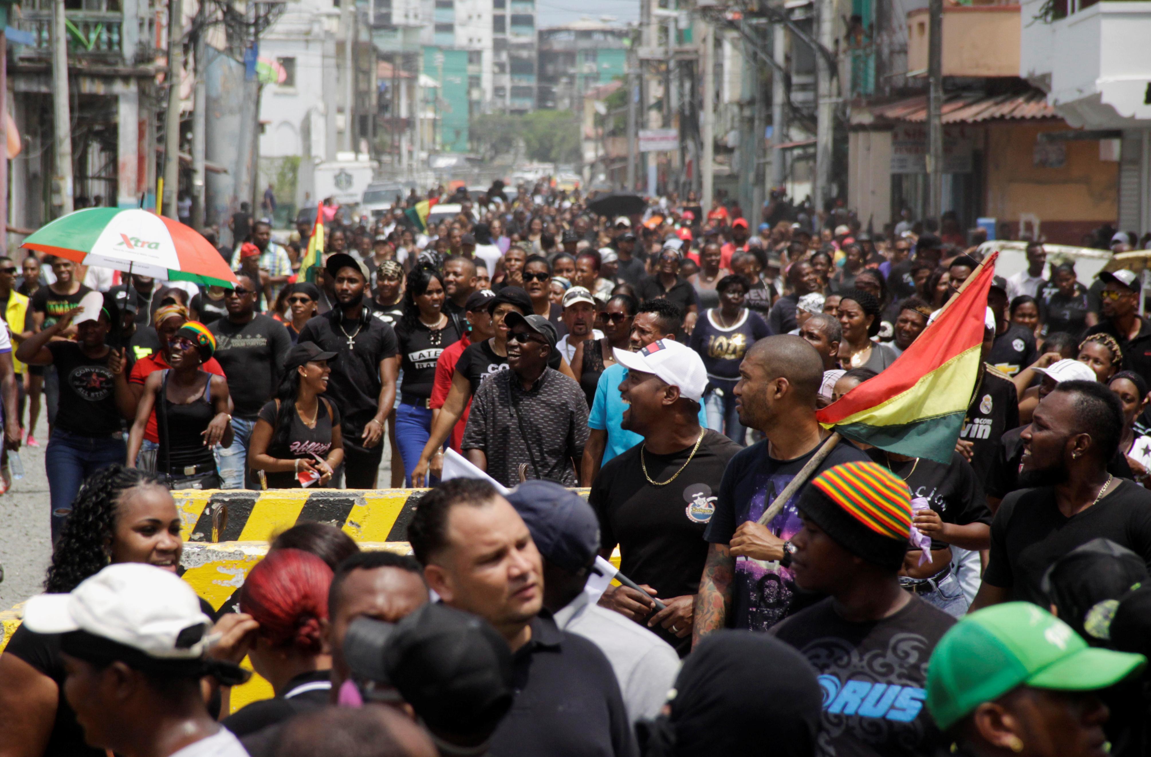 جانب من التظاهر
