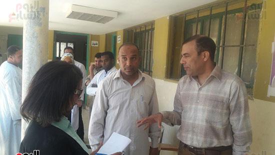 السيد عبد الجواد وكيل الصحة يتفقد تجهيز اللجان بالوحدات الصحية