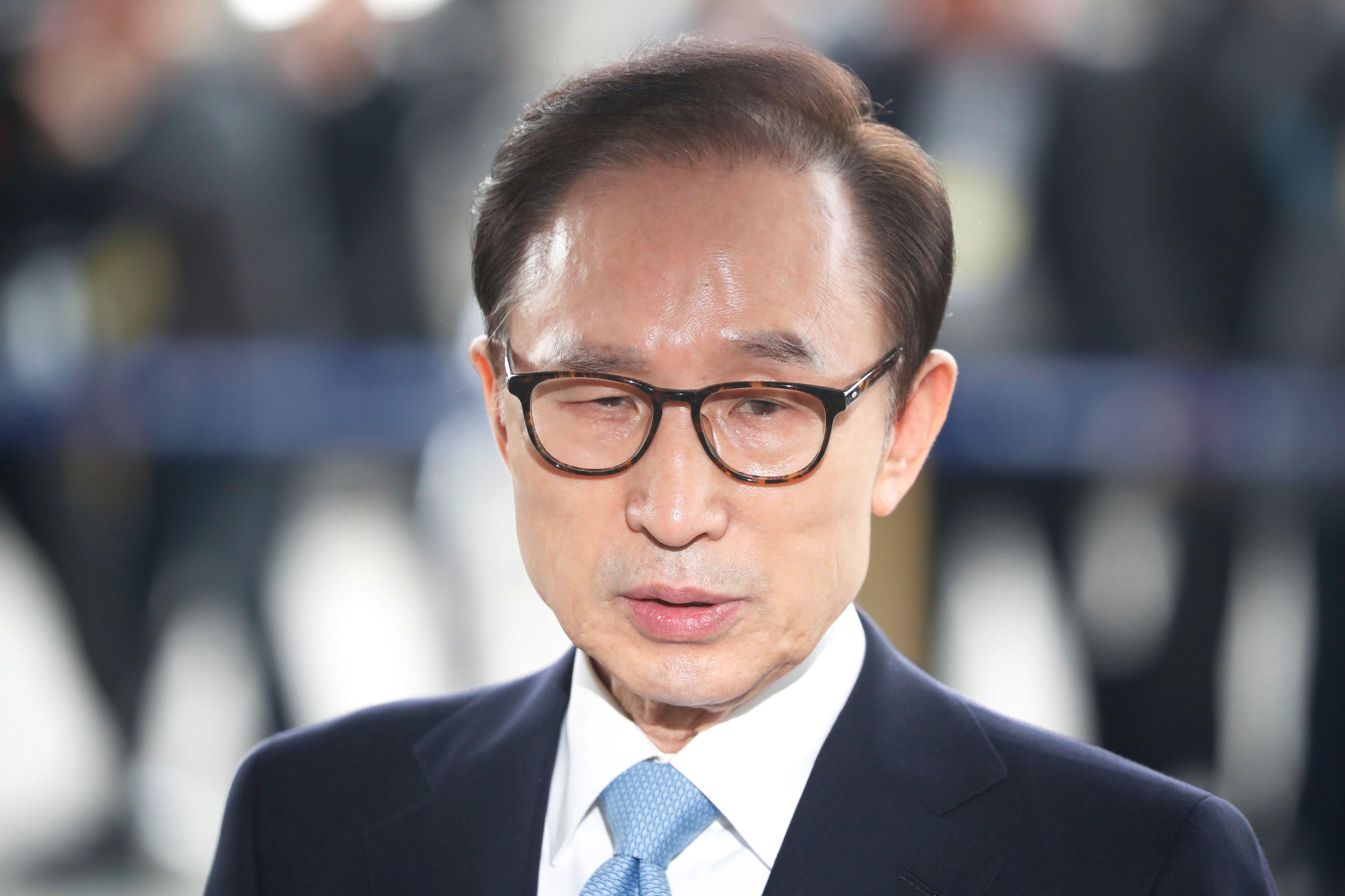 رئيس كوريا الجنوبية السابق لى ميونج باك