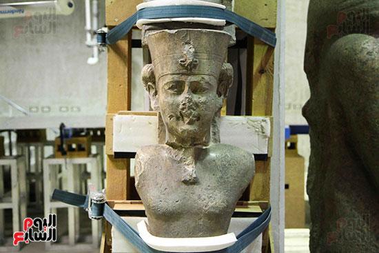القطع-الأثرية-بمعامل-الترميم-(25)