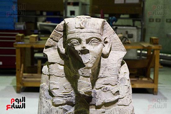 القطع-الأثرية-بمعامل-الترميم-(19)