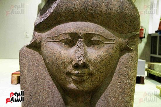 القطع-الأثرية-بمعامل-الترميم-(13)