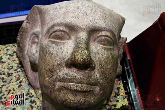 القطع-الأثرية-بمعامل-الترميم-(10)