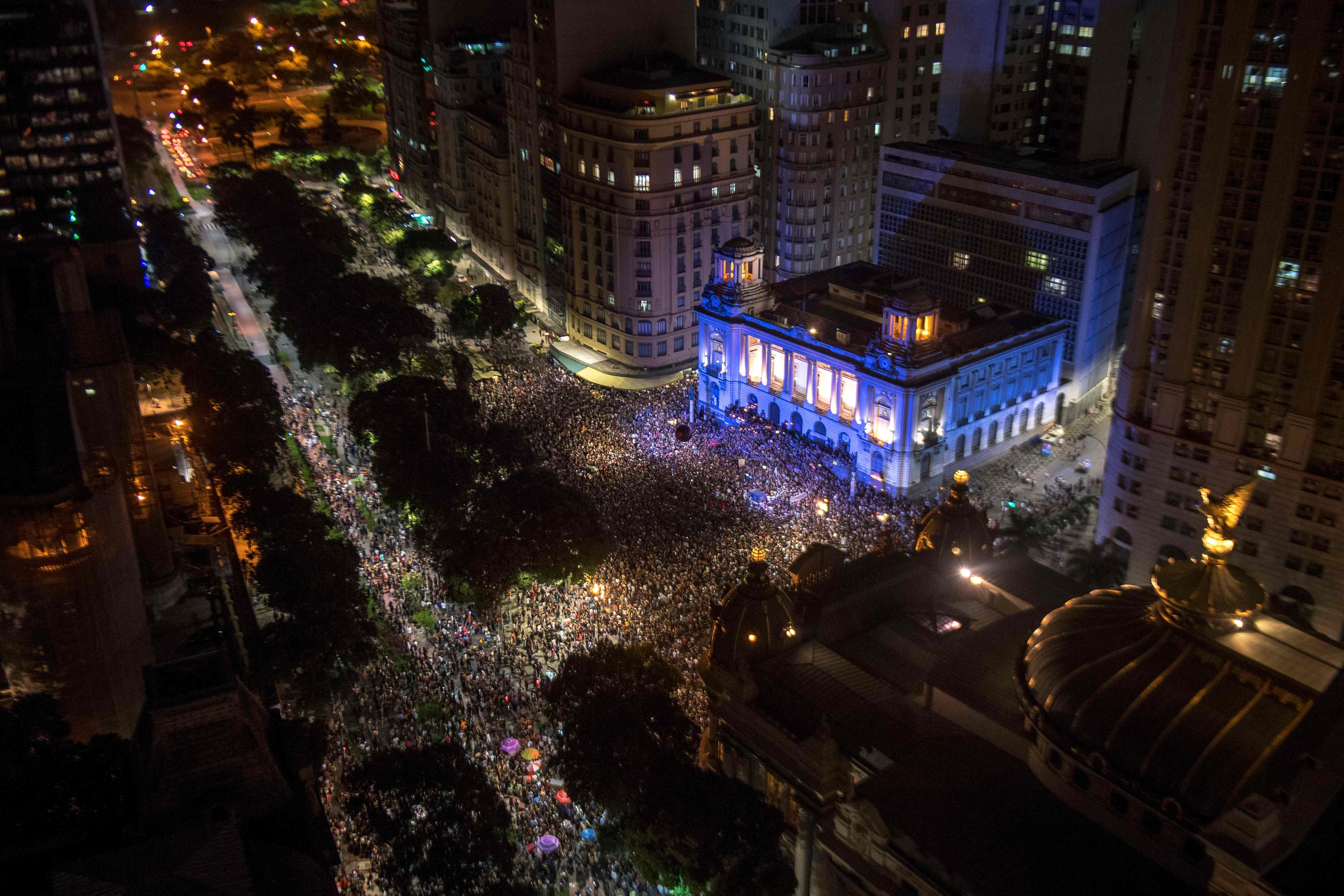 احتجاجات ضد اغتيال ناشطة برازيلية