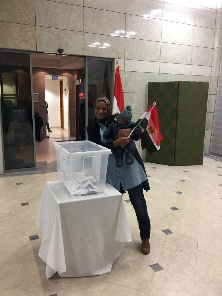 تصويت أبناء الجالية المصرية فى ألمانيا