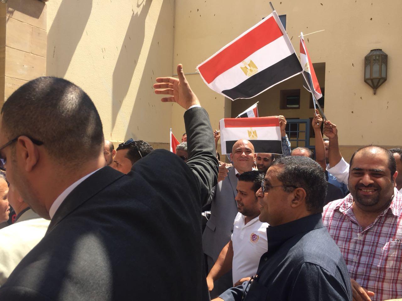 اعلام مصر تزين جدة