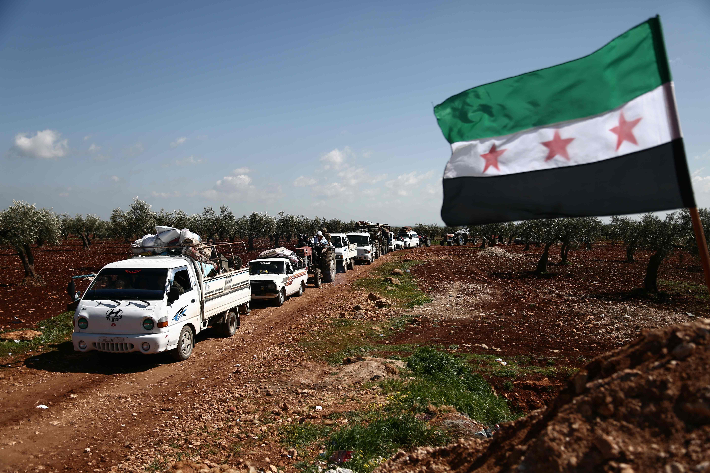 فرار جماعى من مدينة عفرين السورية