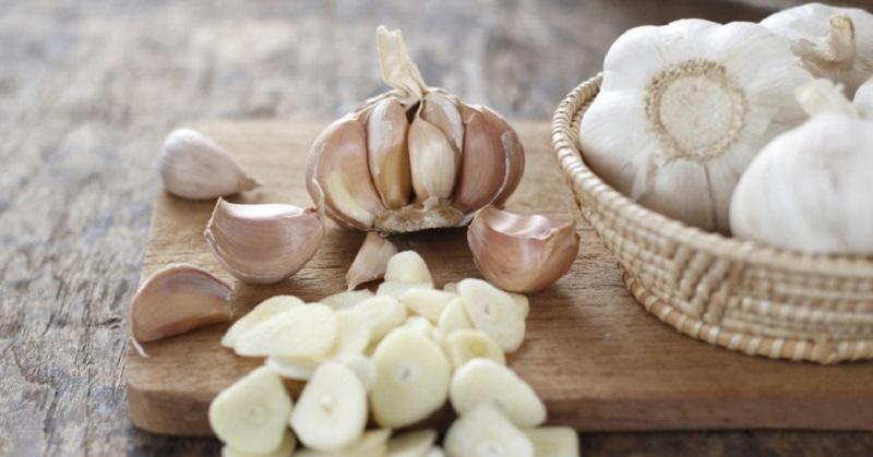 Garlic-Heart-Care-Benefits