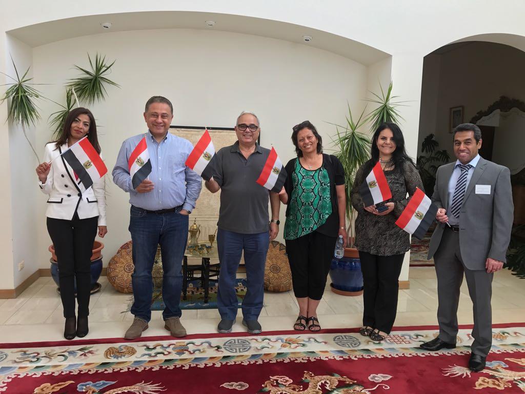 توافد أبناء الجالية المصرية بأستراليا للمشاركة بالانتخابات  (5)