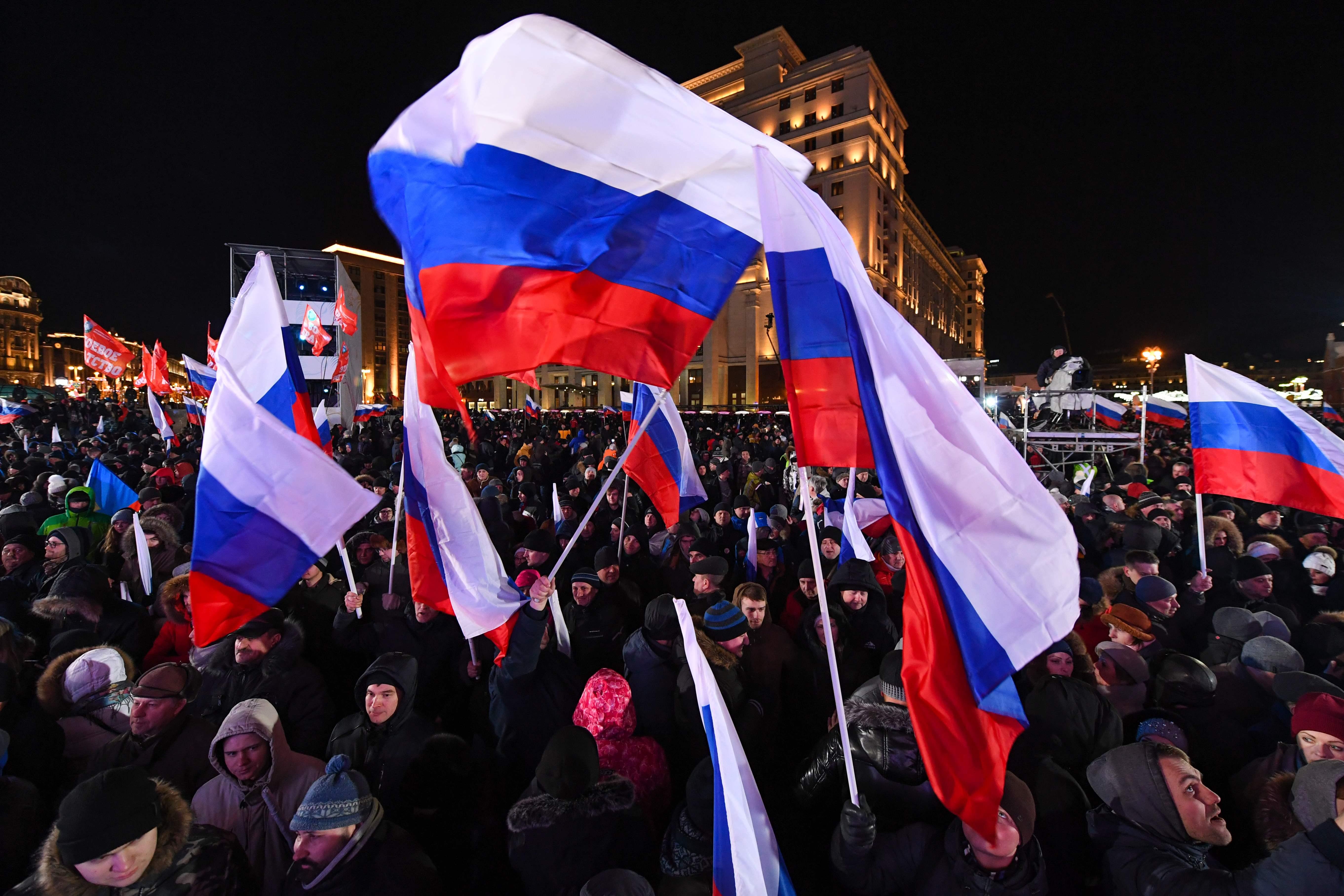 احتفالات الروس بالذكرى الرابعة لضم القرم