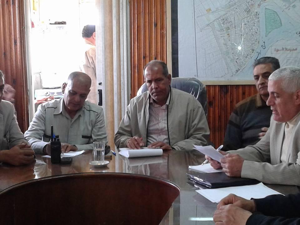 لقاء رئيس مدينة فوه بالتنفيذيين والمواطنين