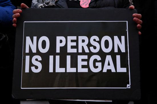 لافتات-فى-الاحتجاجات