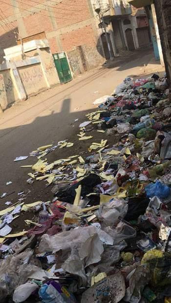 انتشار القمامة بشوارع قرية جنزور  (2)